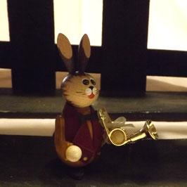 Hasen-Musiker Hornist