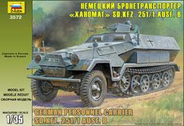 Hanomag SdKfz-251/1Ausf.B  COD: 3572