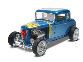 1/25 1932 Ford 5 Window Coupe 2'n1 COD: 14228
