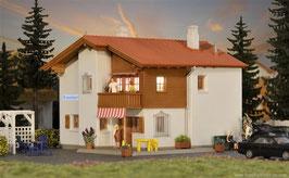 Casa  con illuminazione interna COD: 48816