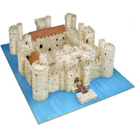 BODIAM CASTLE. East Sussex 1385 COD: 1014