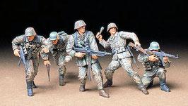 German Front-Line Infantrymen COD: 35196