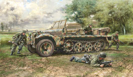 Sd.Kfz. 10 DEMAG D7 with German Paratroops COD: 6561
