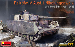 Pz.Kpfw.IV Ausf. J Nibelungenwerk Late Prod. (Jan – Feb 1945) with interior kit  COD: 35342
