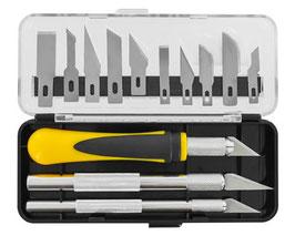 Cutter con assortimento di 10 lame COD:PKN 3305-S