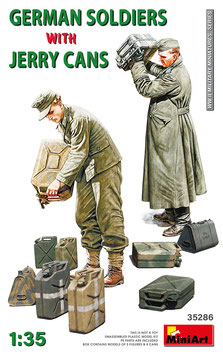 German soldiers with jerry cans  COD: 35286