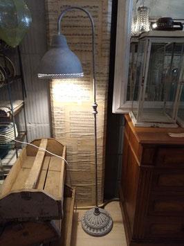 vloerlamp grijs distressed metaal, 148 x 26 x 33 cm