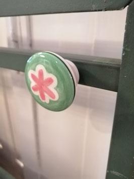 knop creme groen roze, 4 cm, prijs per stuk.