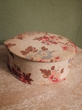Mooie brocante stoffen doos met bloemen, afmetingen 7 x 19 x 18 cm
