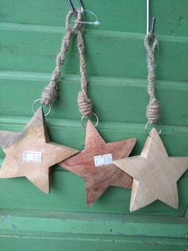 Dikke zware houten ster, naturel, breedte 11 cm, prijs per stuk.