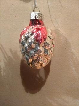 B067 oude kerstbal druiventros met roodroze blaadjes, 6,5 cm