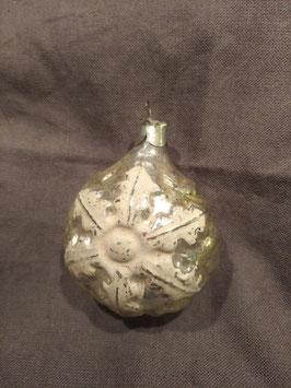 B291 oude Russische kerstbal rond goud met witte sneeuwvlok, 7,5 cm