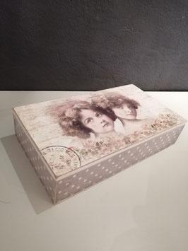 Leuke romantische nostalgische opbergkist, afmetingen 6 x 25 x 14 cm