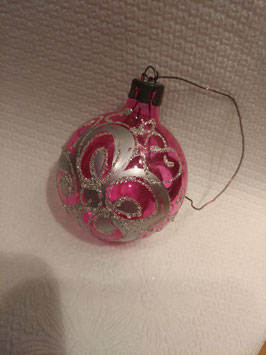 B022 oude kerstbal USSR roze transparant met decoratie, hoogte 5 cm
