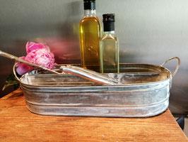 Leuk dienblad met vakverdeling van verzinkt gepatineerd metaal, geweldig in je keuken of leuk met plantjes, afmetingen 8 x 38 x 18 cm, prijs per stuk