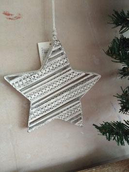 Mooie ster van wit ijzer met filigraan motief, afmeting 18 cm