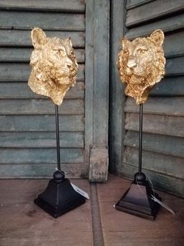 Mooie goud gepatineerde leeuwenkop op statief, hoogte 37 cm, prijs per stuk