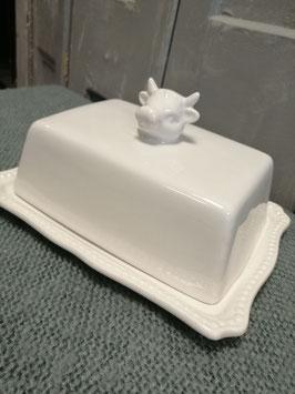 Leuke botervloot van aardewerk, voorzien van een koe. Afmetingen 18 x 14x 8 cm, prijs per stuk