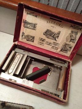 Oude Allegro model L slijpmachine voor scheermesjes, compleet met doos
