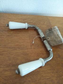 Prachtige oude Franse klink 1920 met porseleinen knoppen en originele etiket er nog aan!