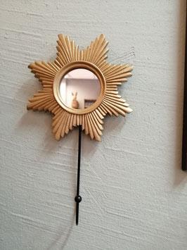 Leuke spiegeltjes met haak, in goud of zilver in 2 modellen, hoogte 20 cm, prijs per stuk