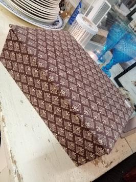 Mooie brocante stoffen doos met vakverdeling, afmetingen 10 x 31 x 21 cm