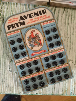 Oude kaartjes van Prym, zie foto's voor verschillende types! Prijs is per kaart!