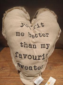Groot stoffen hart met koord en tekst, afmeting 30 x 40 cm, prijs per stuk.