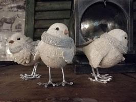 Hele koddige vogels in winter tenue, afmetingen 13 x 11 x 9 cm, prijs per stuk