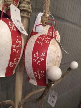 Mooie ijzeren bel aan stoer touw, met mooie nostalgische kleuren, hoogte zonder touw 13 cm, prijs per stuk leuk om zo neer te hangen of te verwerken in een krans