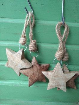 Mooie zware dikke houten ster naturel, breedte 8 cm, prijs per stuk.