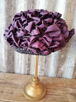 Leuk brocante gevlochten paars hoedje