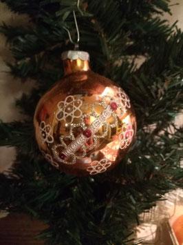 B093 oude kerstbal in brons met diverse decoratie, 8 cm prijs per stuk