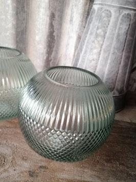 Mooie zeegroene bol van glas, voor bloemen of kaars, afmetingen 13 x 15 cm, prijs per stuk