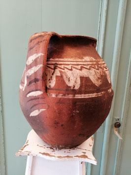Grote antieke pot nr 8 afmetingen 31x 29 cm