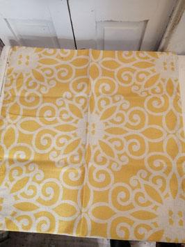Mooie kussenhoes met okergeel in 2 uitvoeringen, mooie linnen structuur , 45x45 cm prijs per stuk