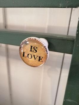 Knop is love, 3 cm, prijs per stuk.