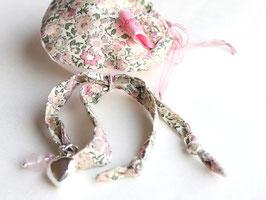 Lola Coquelicot(ローラ・コクリコ) リバティプリント ハートチャーム・ブレスレット ローズクォーツ付き《ピンク系》