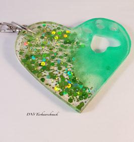 Schlüsselanhänger in Herzform grün