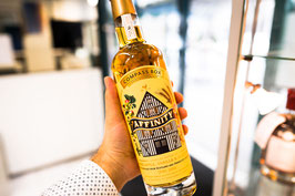 Affinitiy · Compass Box