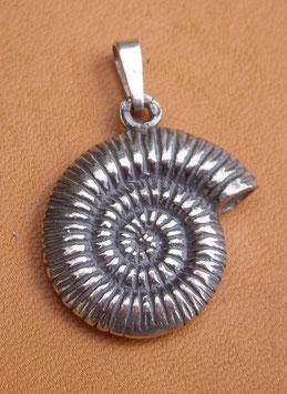 Pendentif en argent - Ammonite