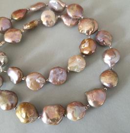Perlenkette MONEYPENNY - Süßwasserzuchtperlen mit 925er Magnetverschluss – ca. 45 cm lang.