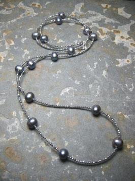 """Feine Kette """"Double or Single"""" aus blauen Perlen und silbernem Hämatit facettiert - ca. 90 cm lang"""