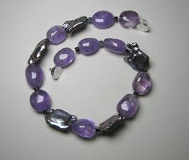 """Kette """"Purple Rain"""" - Amethyst mit barocken Süßwasserperlen und 925er Magnetverschluss"""