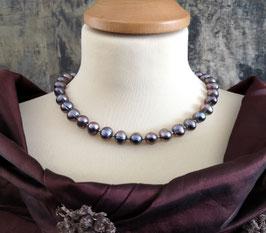 "Perlenkette ""QUEEN OF THE NIGHT"" - Süßwasserzuchtperlen mit 925er Magnetverschluss – ca. 44,5 cm lang."