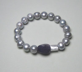 Perlenarmband hellgrau ca. 10 mm / Amethyst / Silberwalze