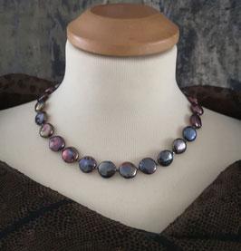 Perlenkette CHOCODROPS - Süßwasserzuchtperlen mit 925er Magnetverschluss – ca. 45 cm lang.
