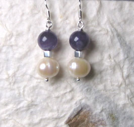Ohrringe Perle weiß / Kugel aus Amethyst / 925er Silber