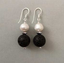 Ohrringe Lava schwarz / Perle weiß / 925er Silber