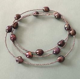 "Feine Kette ""Double or Single"" aus braunen barocken Perlen und silbernem Hämatit facettiert - ca. 90 cm lang"